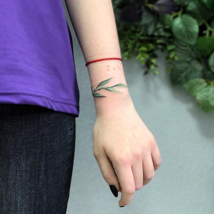 55 8 - 100 idées de Tatouages Bracelet pour Femme