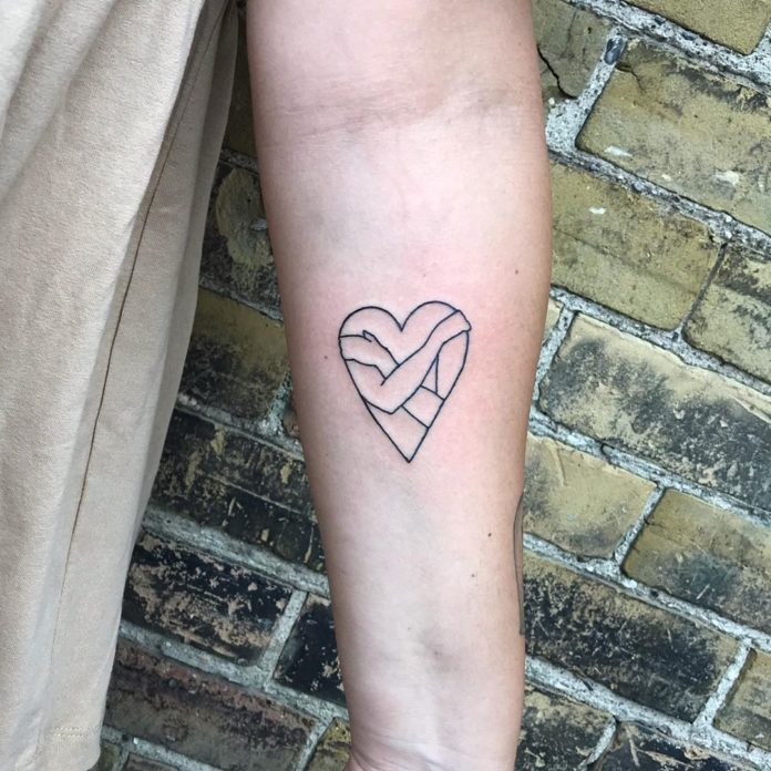 6 4 - 100 des plus beaux Tatouages Coeur pour Femme