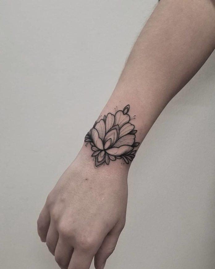 6 7 - 100 idées de Tatouages Bracelet pour Femme