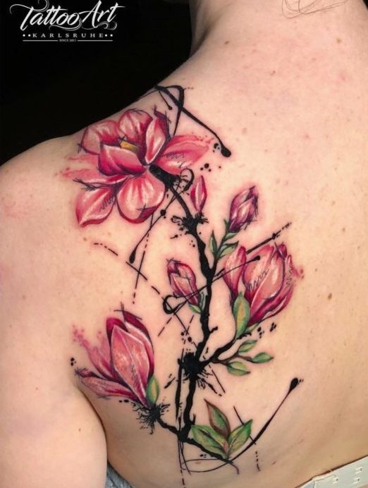 61 3 e1577665035635 - Idées de Tatouage Fleur pour Femme (100 photos)