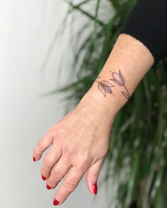 63 7 - 100 idées de Tatouages Bracelet pour Femme