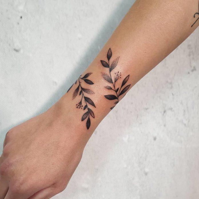 66 9 - 100 idées de Tatouages Bracelet pour Femme