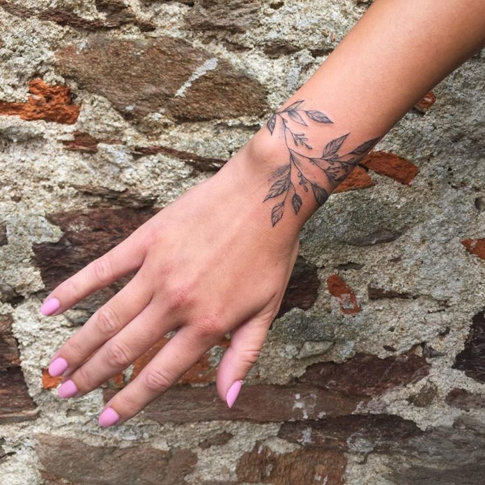 77 new 1 - 100 idées de Tatouages Bracelet pour Femme
