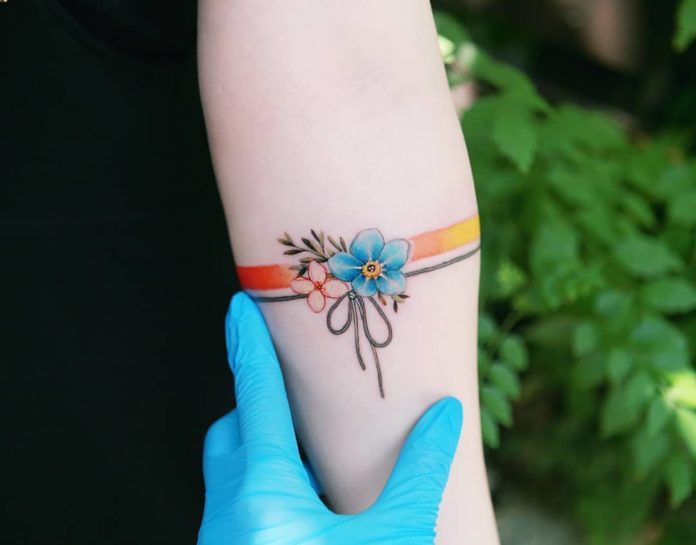 79 8 - 100 idées de Tatouages Bracelet pour Femme