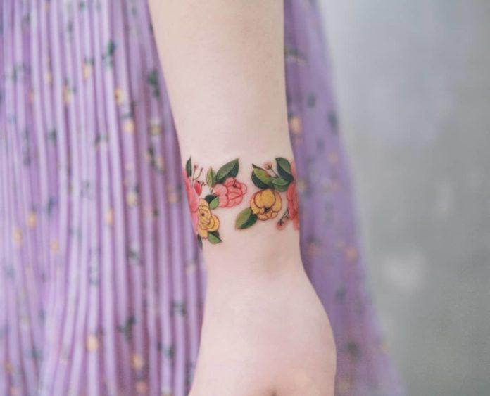 82 8 - 100 idées de Tatouages Bracelet pour Femme