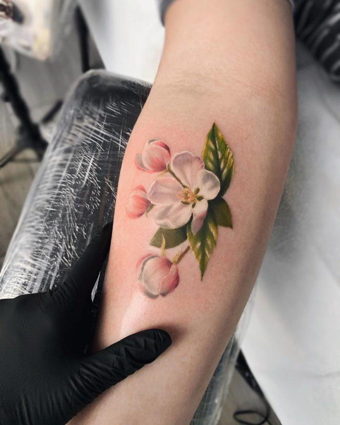 83 3 - Idées de Tatouage Fleur pour Femme (100 photos)