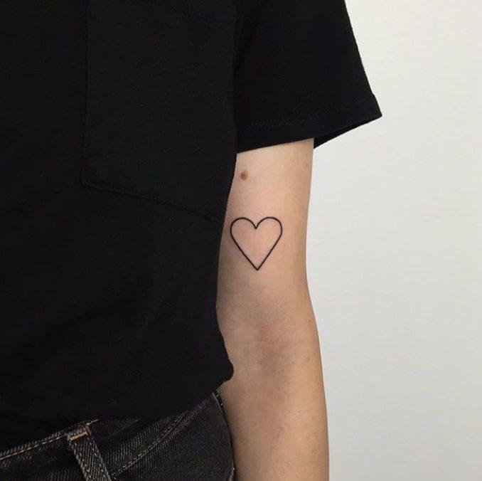 83 4 e1578946370787 - 100 des plus beaux Tatouages Coeur pour Femme
