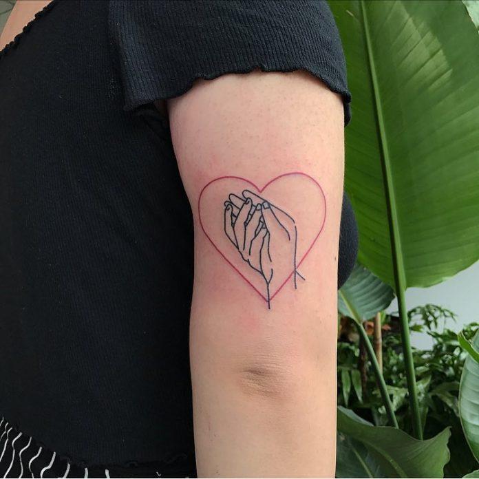 87 4 - 100 des plus beaux Tatouages Coeur pour Femme