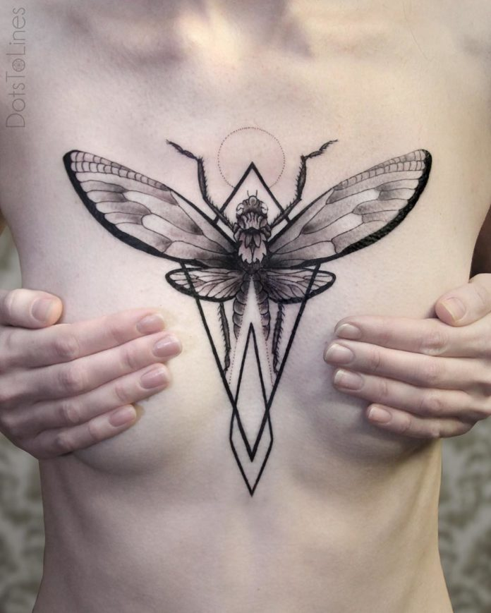 Tatouage géométrique de libellule