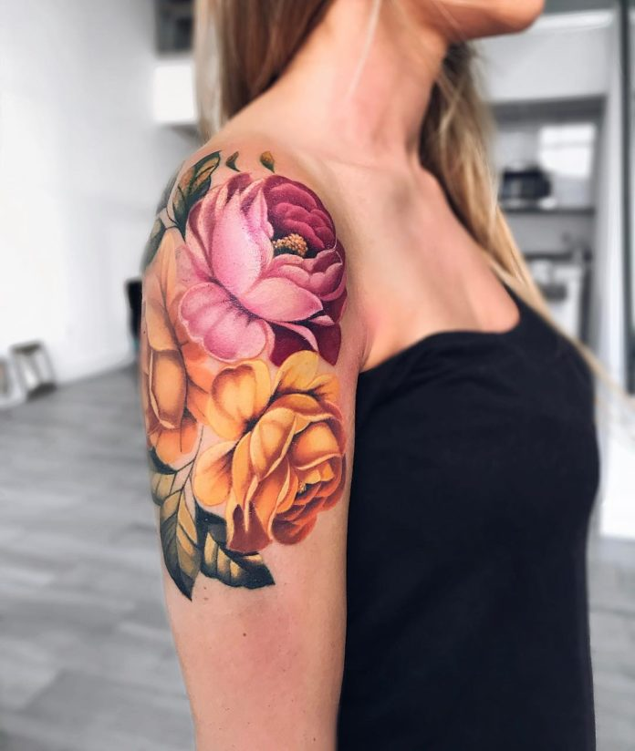 93 3 - Idées de Tatouage Fleur pour Femme (100 photos)