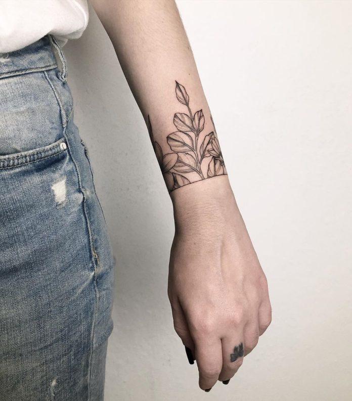 94 8 - 100 idées de Tatouages Bracelet pour Femme