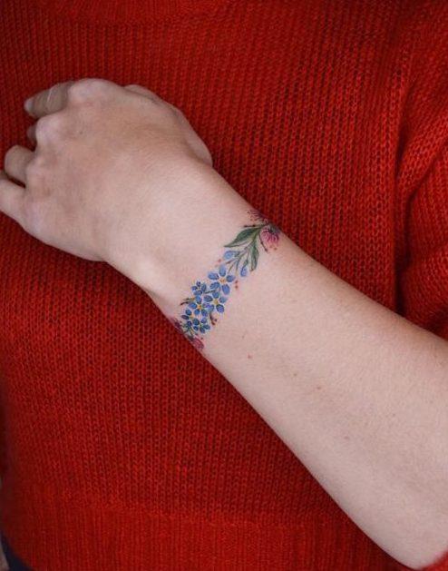 95 new e1578798299335 - 100 idées de Tatouages Bracelet pour Femme