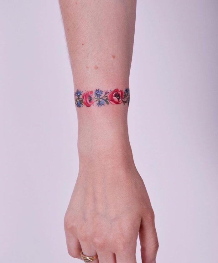 99 new - 100 idées de Tatouages Bracelet pour Femme
