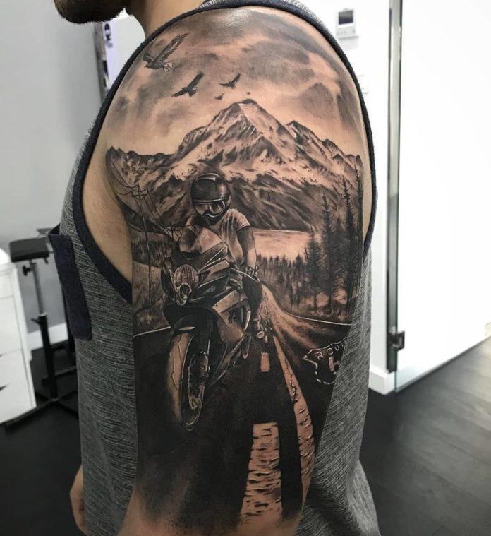 14 6 - 40 Tatouages Montagne pour Homme