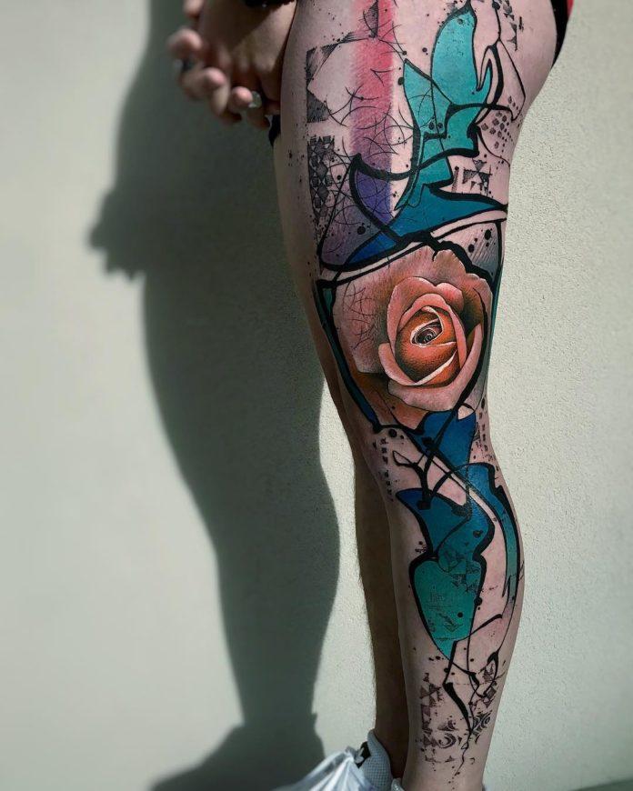 15 84 - 100 Tatouages Rose pour Femme
