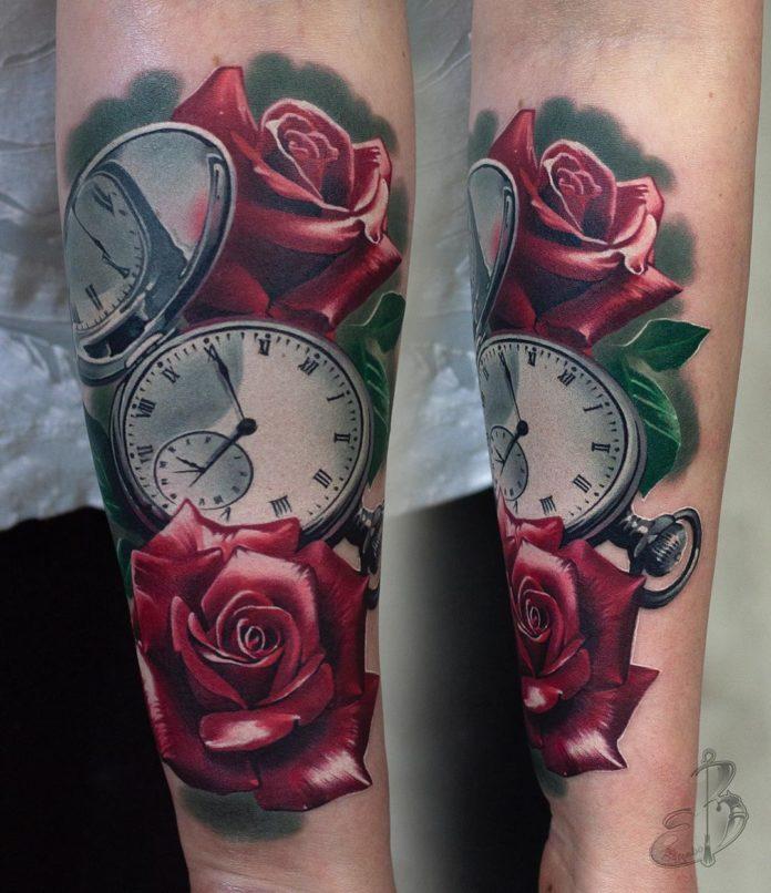 17 87 - 100 Tatouages Rose pour Femme
