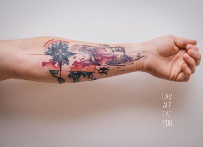 2 12 - 40 Tatouages Carte du Monde