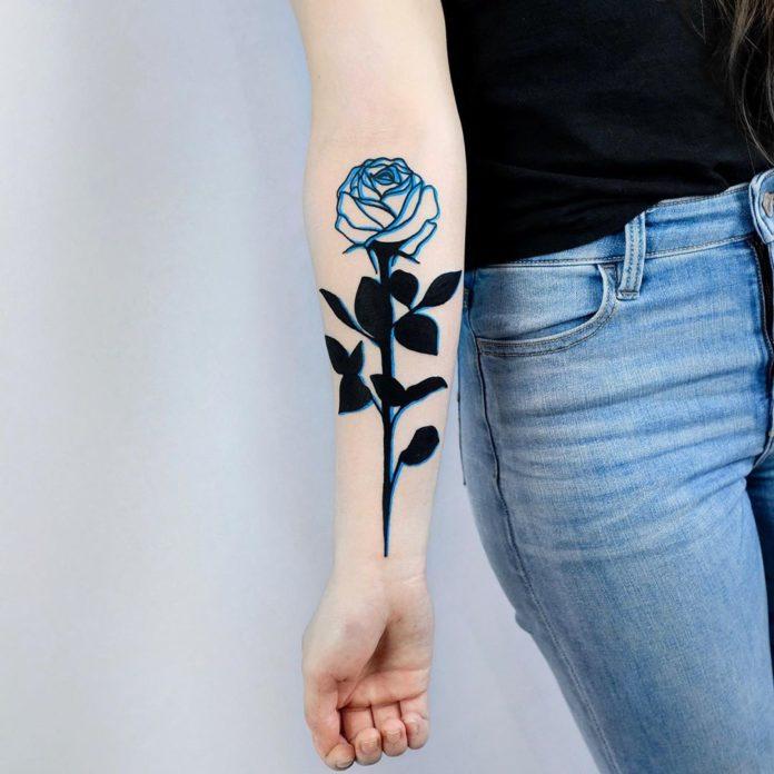 24 1 - 100 Tatouages Rose pour Femme
