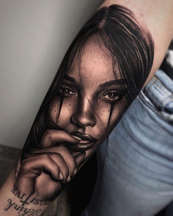 34 10 - 100 Tatouages Réaliste pour Femme fascinants