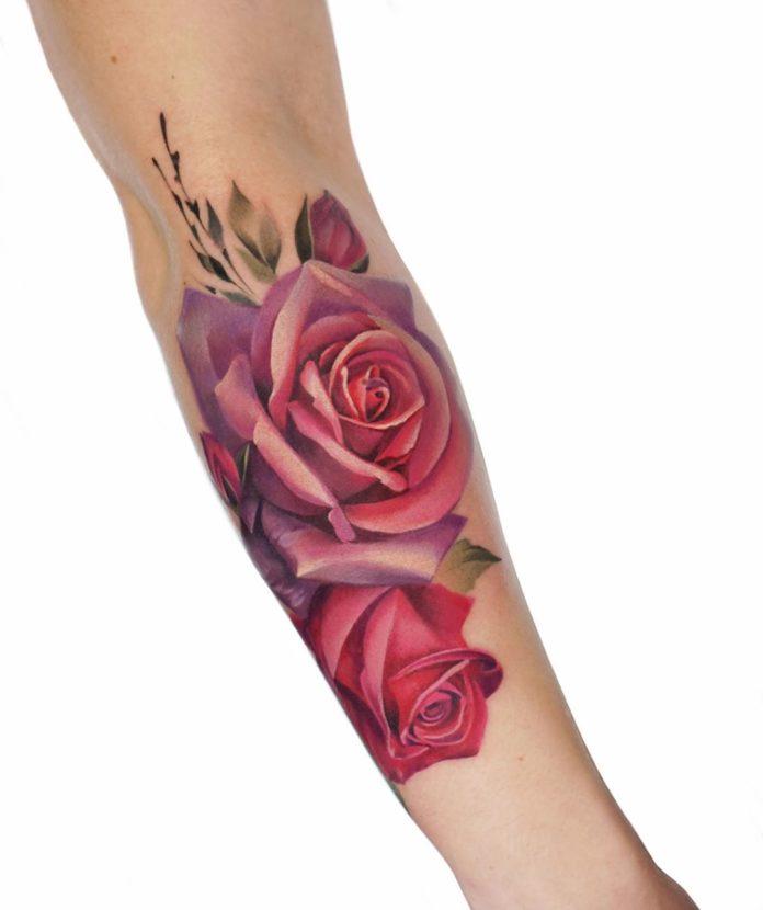 47 - 100 Tatouages Rose pour Femme