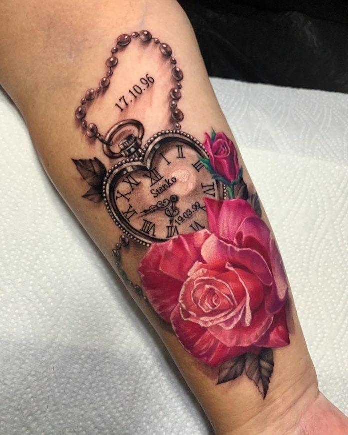 5 41 - 100 Tatouages Rose pour Femme