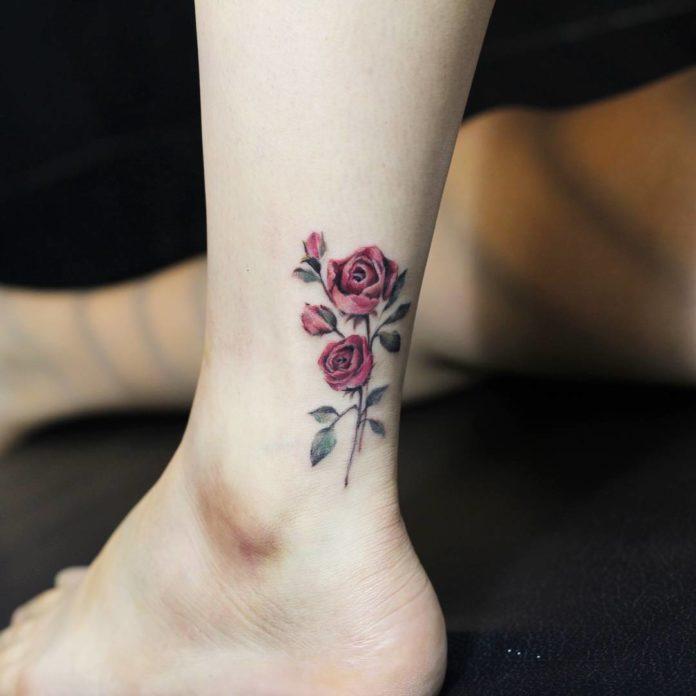 53 1 - 100 Tatouages Rose pour Femme