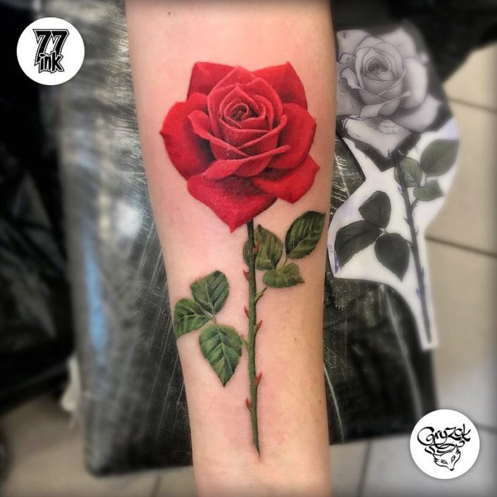 69 1 - 100 Tatouages Rose pour Femme