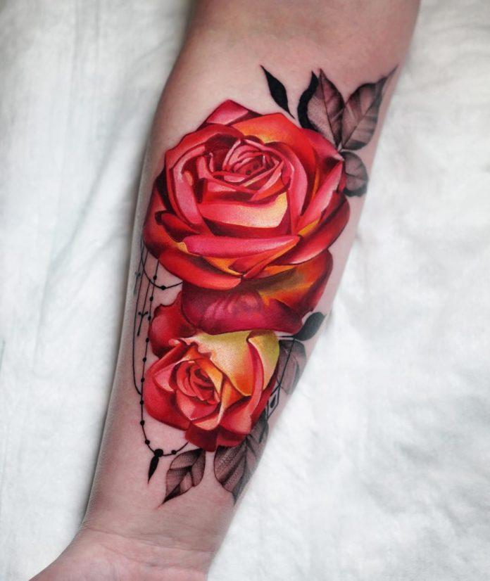 70 1 - 100 Tatouages Rose pour Femme