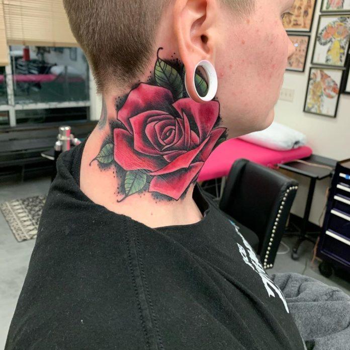 85 2 - 100 Tatouages Rose pour Femme