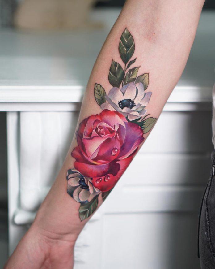 87 2 - 100 Tatouages Rose pour Femme