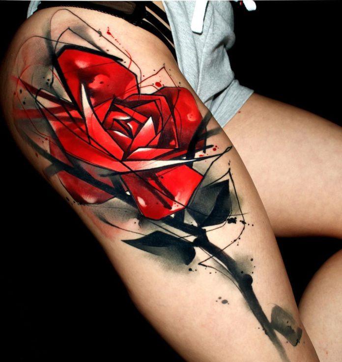 91 - 100 Tatouages Rose pour Femme
