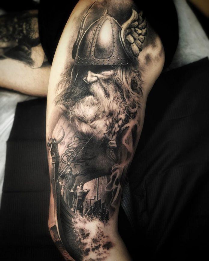 95 2 - 100 magnifiques Tatouages Réalistes pour Homme
