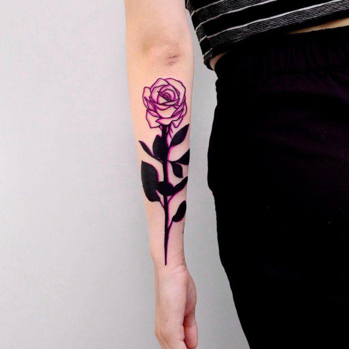 99 1 - 100 Tatouages Rose pour Femme
