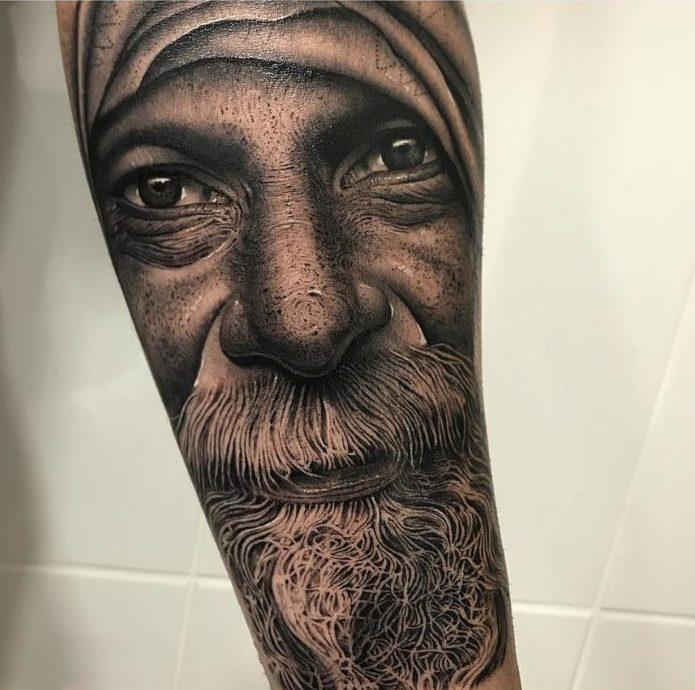 99 2 e1579490399777 - 100 magnifiques Tatouages Réalistes pour Homme