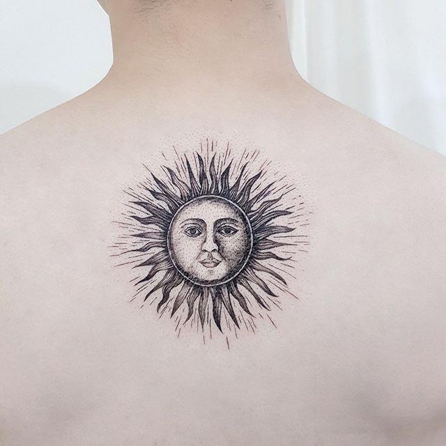 26 16 - 100 Tatouages Soleil