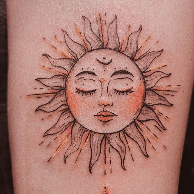 30 14 - 100 Tatouages Soleil