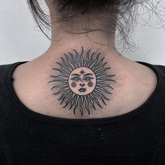 98 11 - 100 Tatouages Soleil